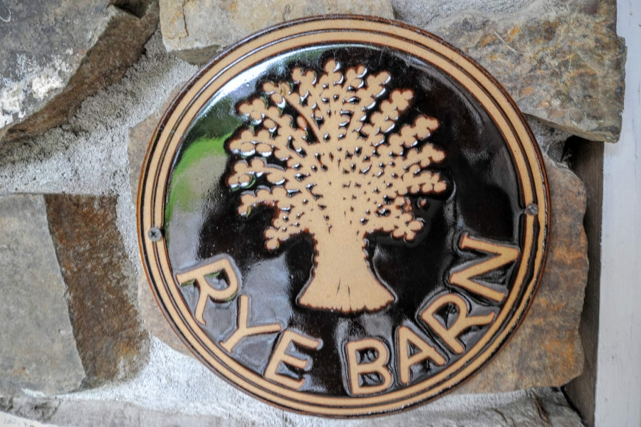 Rye Barn - Mead Barns